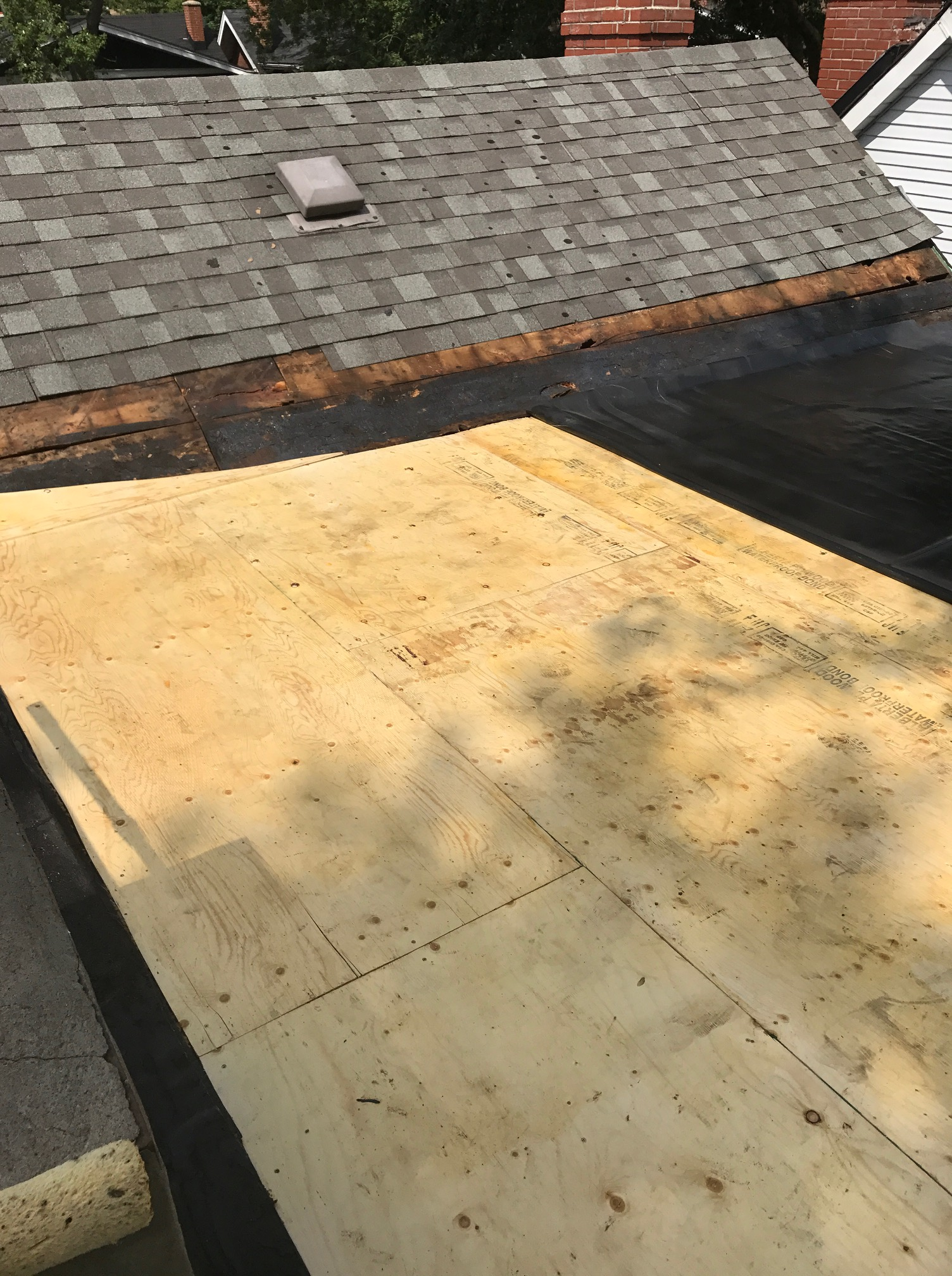 Fully Adhered Epdm Membrane On Flat Roof Toronto Roofing