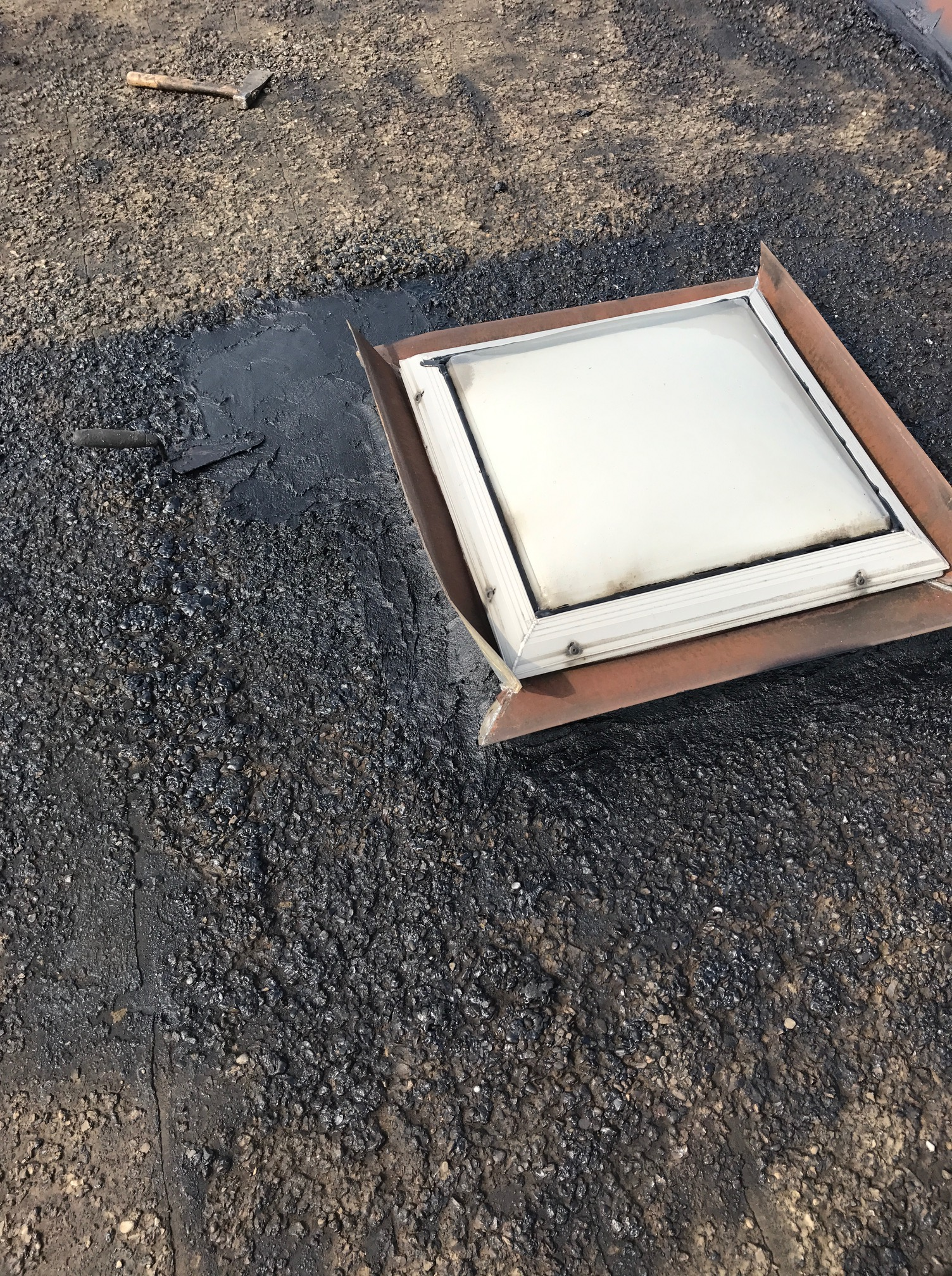 Skylight repair flat roof Toronto