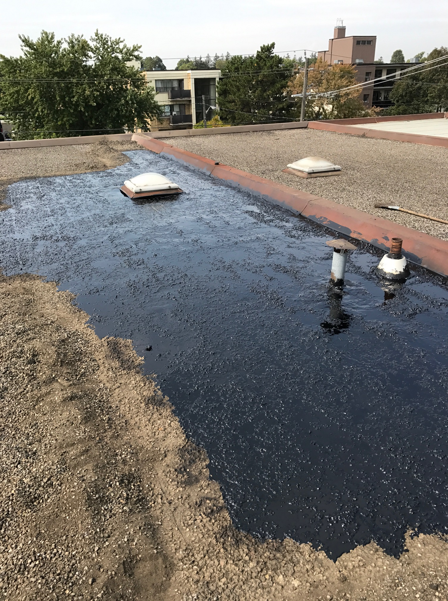Commercial flat roof repairs Toronto