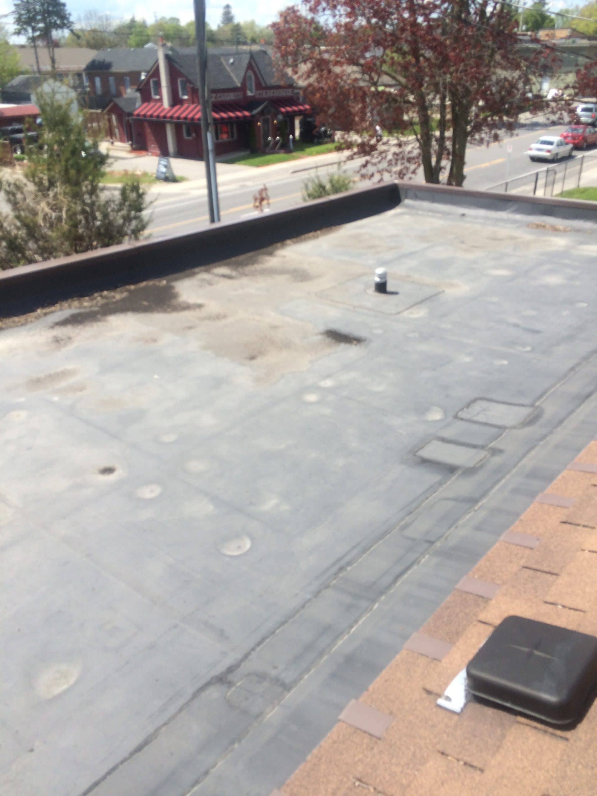 EPDM membrane system commercial roof Pickering