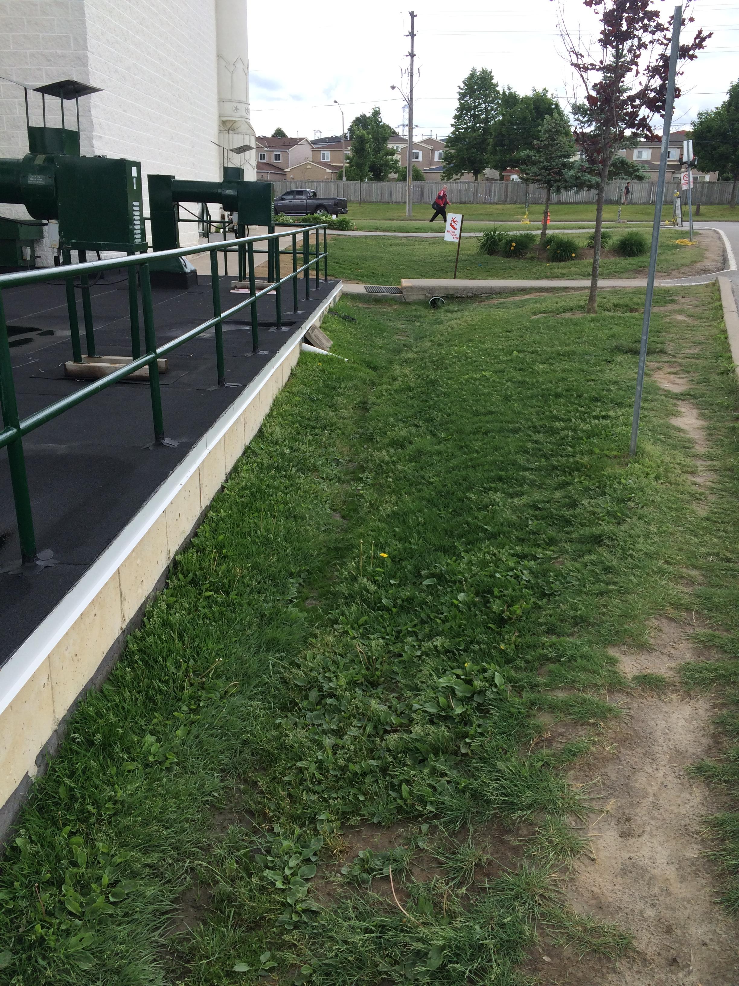 Modified bitumen membrane installation in Pickering