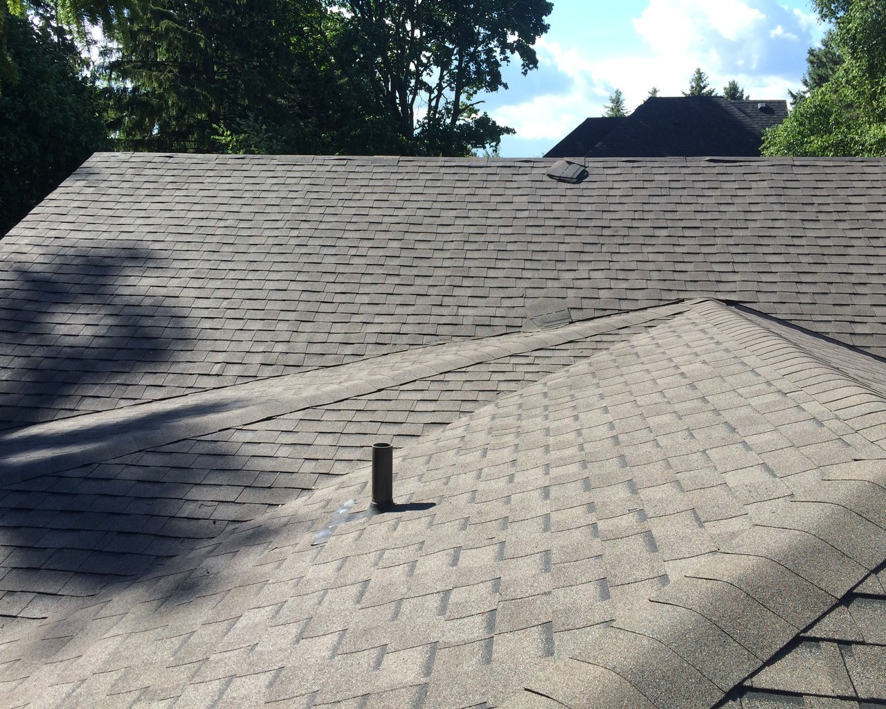 Quality shingle installation in Scarborough